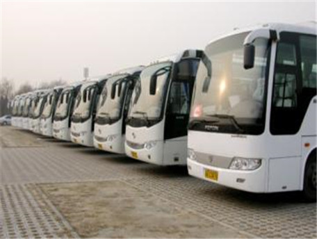 郑州大巴车出租租赁初冬租车就找河南外事旅游大巴车